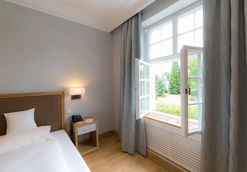 Fenster Klinik Kloster Dießen