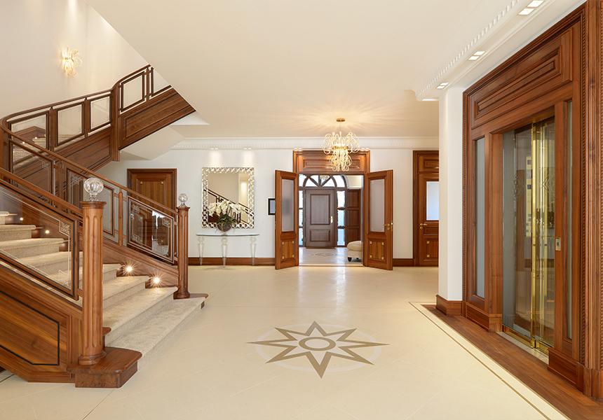 Villa Eingangshalle Einrichtung