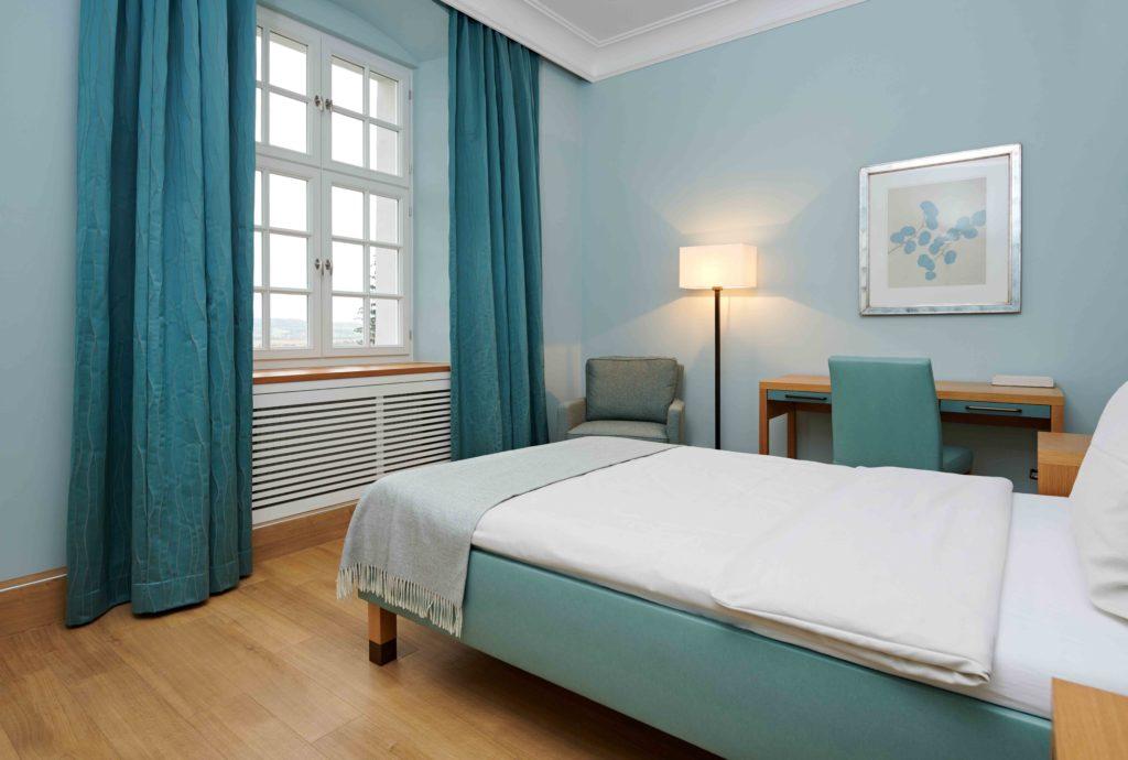 Psychosomatische Klinik Kloster Dießen am Ammersee Zimmer